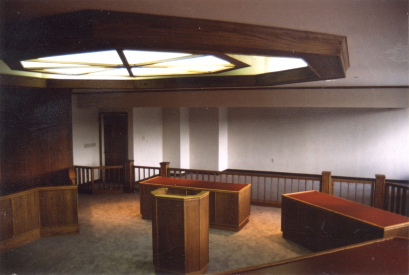 WASHINGTON CNTY COURTROOM LOOKING FROM JUDGES BENCH
